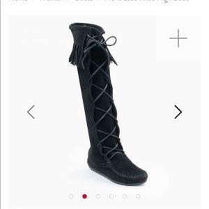 Minnetonka fringe lace up black boots